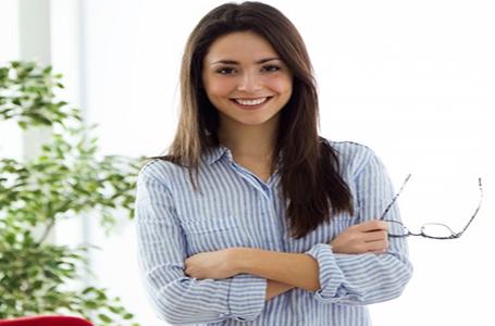 نقش زنان در فروش